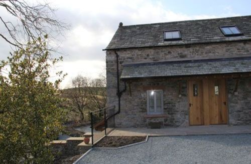 Snaptrip - Last minute cottages - Inviting Kendal Barn S573 - The Tack Barn, self catering Hyning Estate, near Kendal, Lakes Cottage Holidays