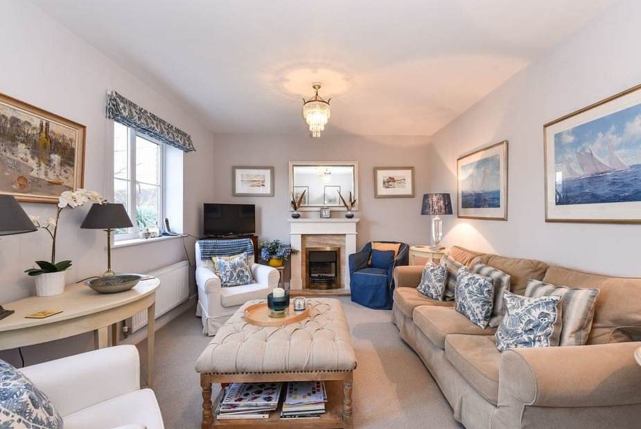 Admiralty House Living room | Admiralty House, Emsworth