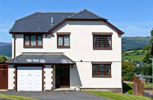 Snaptrip - Last minute cottages - Lovely Dolgellau Rental S5222 -