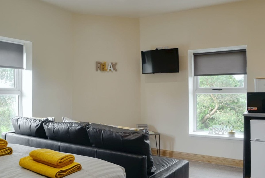 The Falls Studio accommodation | The Falls - Waterfall Country Apartments, Coelbren, near Ystradgynlais