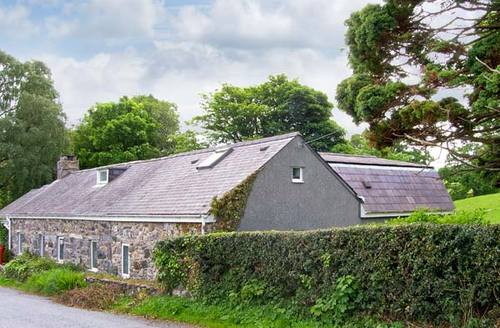 Snaptrip - Last minute cottages - Exquisite Conwy Cottage S5250 -