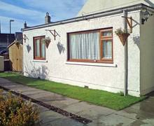 Snaptrip - Last minute cottages - Inviting Nairn Rental S5274 -