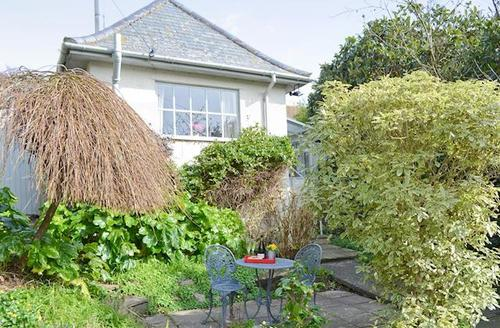 Snaptrip - Last minute cottages - Captivating Mousehole And Newlyn Cottage S48469 -