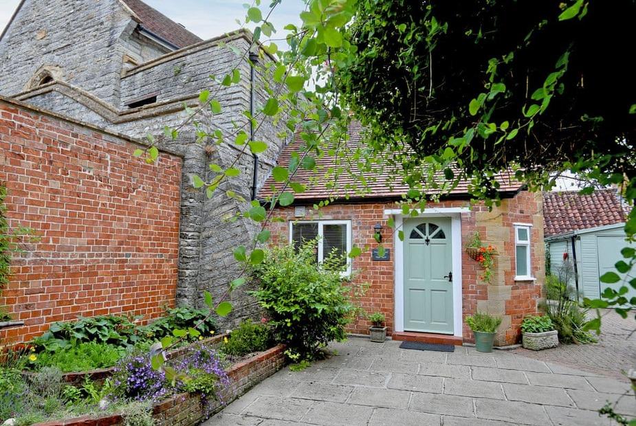 Portcullis End Cottage Exterior | Portcullis End Cottage, Langport