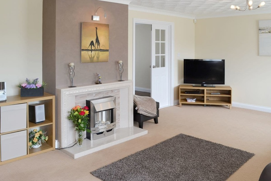 Lockley Welcoming living room | Lockley, Benllech. near Llangefni