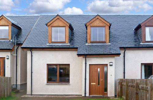 Snaptrip - Last minute cottages - Excellent Aviemore Mor S5440 -