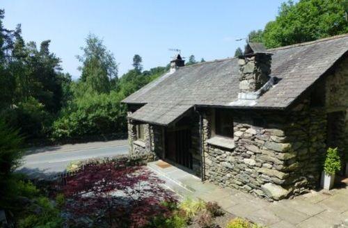 Snaptrip - Last minute cottages - Wonderful Ambleside Cottage S33930 -