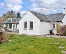Snaptrip - Last minute cottages - Exquisite Strathpeffer Cottage S5451 -