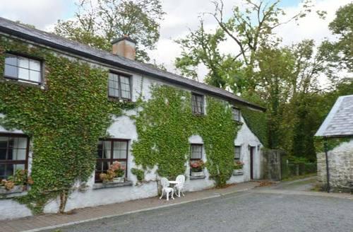 Snaptrip - Last minute cottages - Inviting  Villa S5455 -