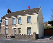 Snaptrip - Last minute cottages - Wonderful Burry Port Cottage S5464 -