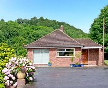 Snaptrip - Last minute cottages - Superb Telford Rental S2324 -