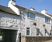 Snaptrip - Last minute cottages - Stunning Llanfairpwllgwyngyll Cottage S5393 -