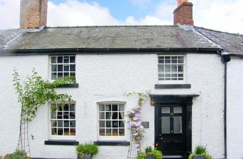 Snaptrip - Last minute cottages - Attractive Oswestry Cottage S5395 -