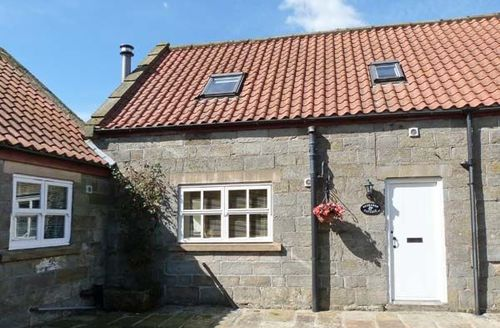 Snaptrip - Last minute cottages - Captivating Whitby Cottage S3884 -