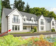 Snaptrip - Last minute cottages - Inviting Invergarry Oaks S5794 -