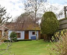 Snaptrip - Last minute cottages - Captivating Warwick Cottage S49723 -