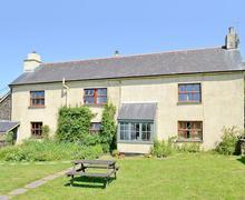 Snaptrip - Holiday cottages - Quaint South Brent Cottage S49756 -