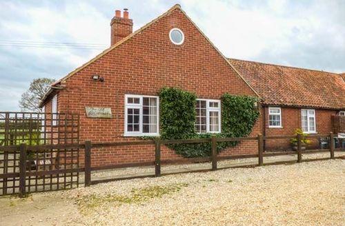 Snaptrip - Last minute cottages - Superb Tittleshall Cottage S49781 -