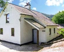 Snaptrip - Last minute cottages - Inviting Llandovery Rental S5589 -