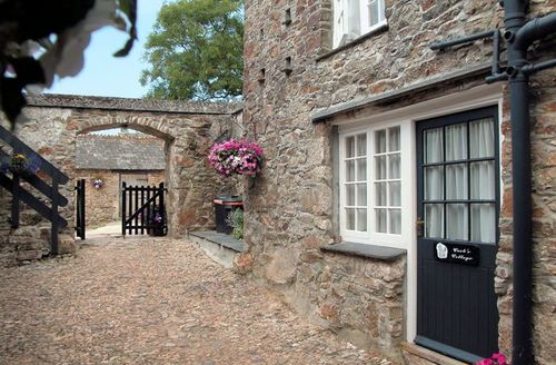Snaptrip - Last minute cottages - Attractive St Austell Cottage S7715 -