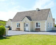 Snaptrip - Last minute cottages - Luxury  House S5663 -