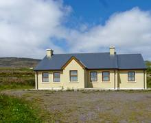 Snaptrip - Last minute cottages - Beautiful  Geal S5670 -