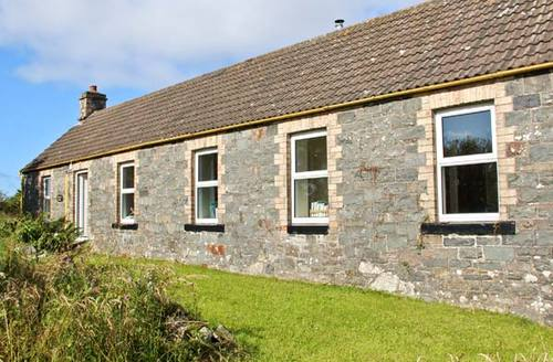 Snaptrip - Last minute cottages - Delightful Newton Stewart Cottage S5677 -