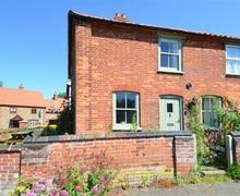 Snaptrip - Last minute cottages - Stunning Binham Rental S12044 - Exterior