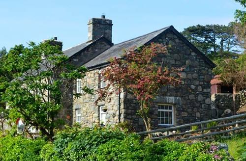 Snaptrip - Last minute cottages - Exquisite Dyffryn Ardudwy Cottage S5713 -