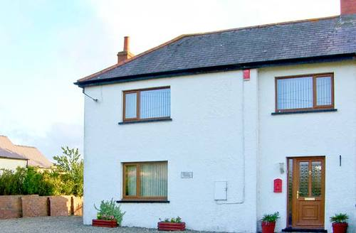 Snaptrip - Last minute cottages - Wonderful New Quay Cottage S5726 -