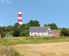 Snaptrip - Last minute cottages - Attractive Happisburgh Rental S11823 - 1131 Exterior - View 1