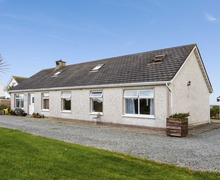 Snaptrip - Last minute cottages - Cosy  Mhuire S5739 -