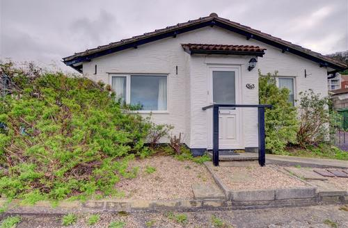 Snaptrip - Last minute cottages - Superb Westward Ho! Cottage S43866 - PD182 - External - View 1