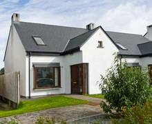 Snaptrip - Last minute cottages - Beautiful  Cahir S5761 -