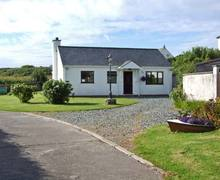 Snaptrip - Last minute cottages - Cosy Holyhead Rental S5777 -