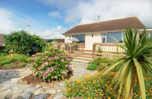 Snaptrip - Last minute cottages - Beautiful Braunton Rental S12258 - External - View 1