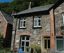 Snaptrip - Last minute cottages - Inviting Lynmouth Rental S9804 - External
