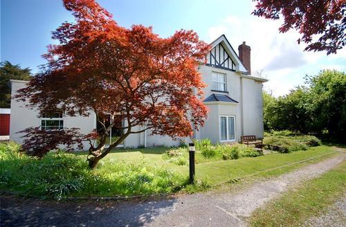 Snaptrip - Last minute cottages - Attractive Bideford Rental S12190 - Garden - View 4