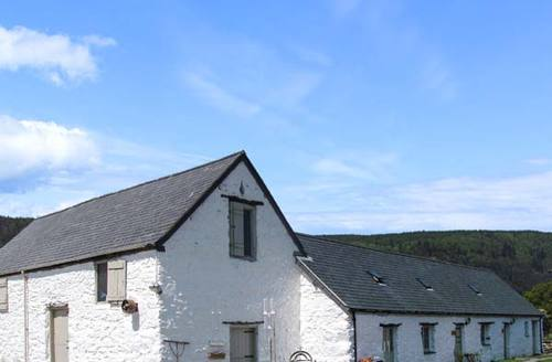 Snaptrip - Last minute cottages - Wonderful  Stables S5785 -