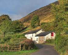 Snaptrip - Last minute cottages - Delightful Llanwrda Rental S5788 -
