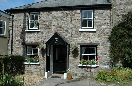 Snaptrip - Last minute cottages - Attractive Parracombe Rental S12116 - External - View 1