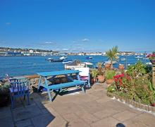 Snaptrip - Last minute cottages - Splendid Shaldon Apartment S43868 - Self Catering property sleep 4