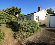 Snaptrip - Last minute cottages - Stunning Polzeath Cottage S43925 - Self catering cottage exterior Polzeath