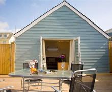 Snaptrip - Last minute cottages - Adorable Polzeath Apartment S42929 - External