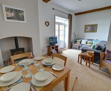 Snaptrip - Last minute cottages - Beautiful Blythburgh Rental S10301 - Sitting Room - View 3