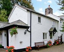 Snaptrip - Last minute cottages - Inviting Mold Cottage S5848 -