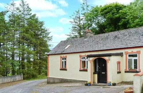 Snaptrip - Last minute cottages - Stunning  Cottage S5853 -