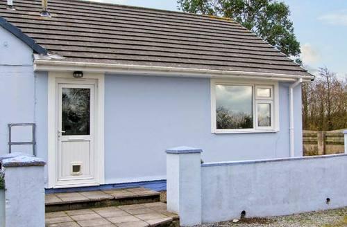 Snaptrip - Last minute cottages - Delightful Kilgetty Annexe S5859 -