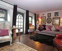 Snaptrip - Last minute cottages - Quaint Bruton Cottage S50656 -