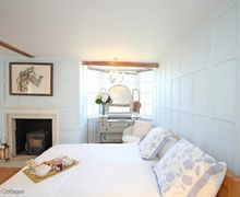 Snaptrip - Last minute cottages - Beautiful Barham Cottage S50658 -